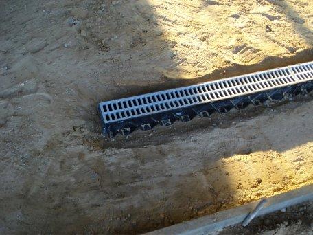 Driveway_water_management_drainage_1