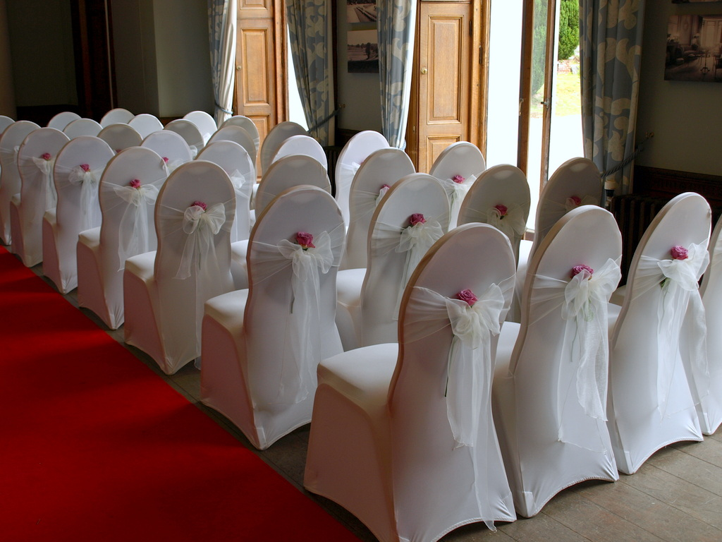 ivory chair covers with gold sash lime wash chiavari chairs cool water rose bowsandblooms