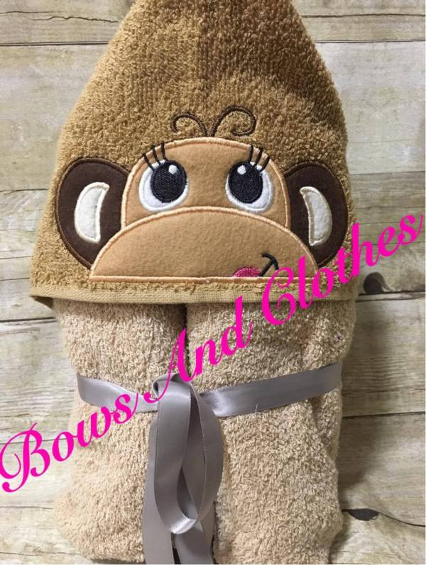 Monkey Peeker Towel Bows And Clothes