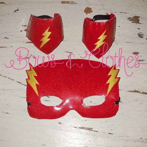 Flash Mask And Wristbands – Bows And Clothes