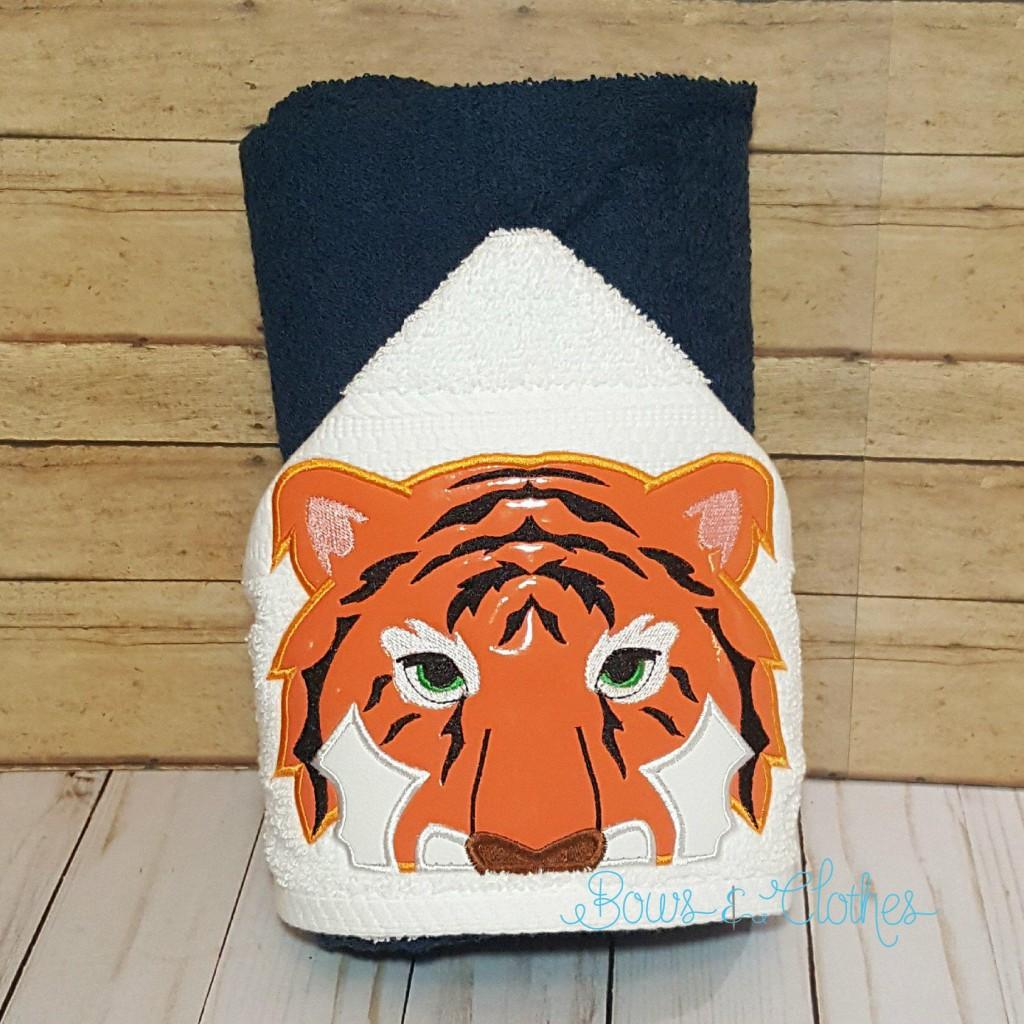 Tiger Peeker
