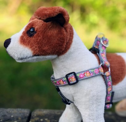 doggy chic pink flowers step in dog harness