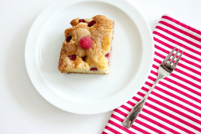 raspberry amaretto cake