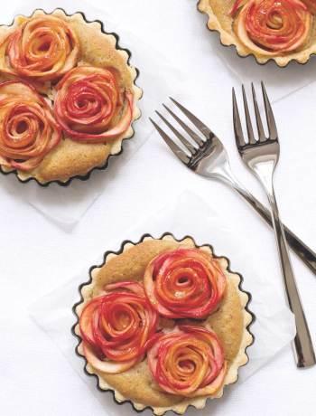 apple rose tartelettes
