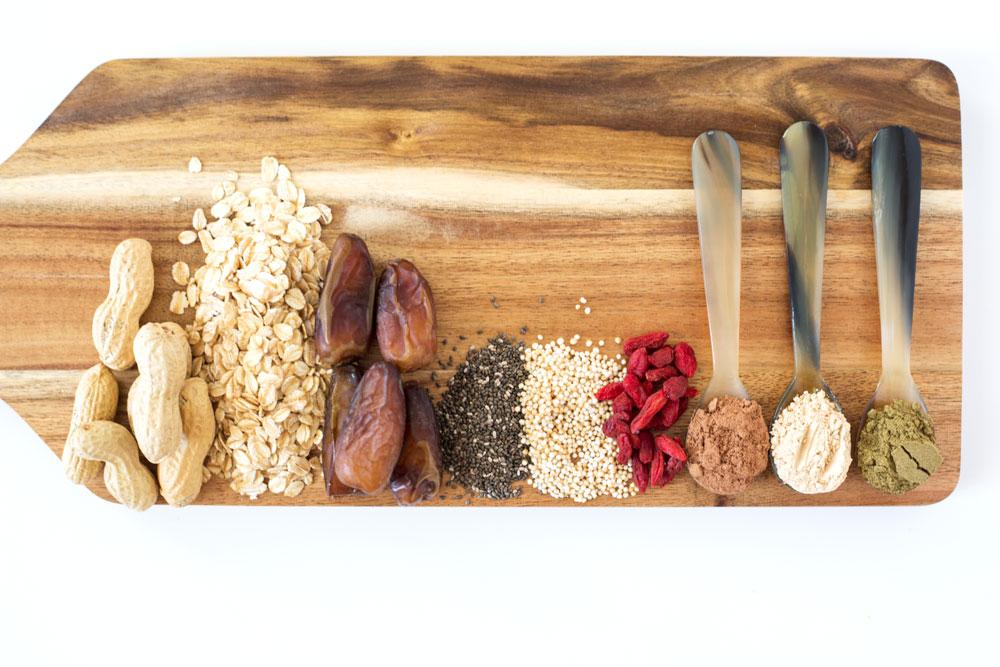 Healthy no-bake chocolate peanut bars