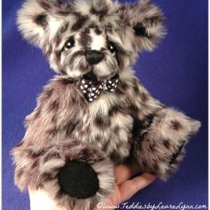 "Carson - 10"" Jointed Artist Teddy Bear Pattern"