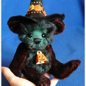 "Esmeralda - 9"" Jointed Artist Halloween Witch Teddy Bear Pattern"
