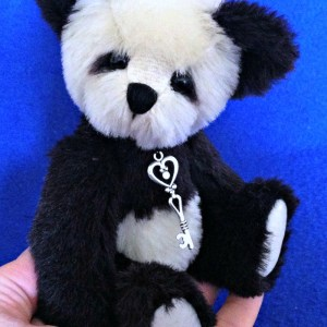 "Ling Ling Pattern: 7"" Jointed Artist Panda Bear Teddy Bear Pattern"