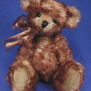 Ringo: 11″ ARTIST TEDDY BEAR SEWING PATTERN
