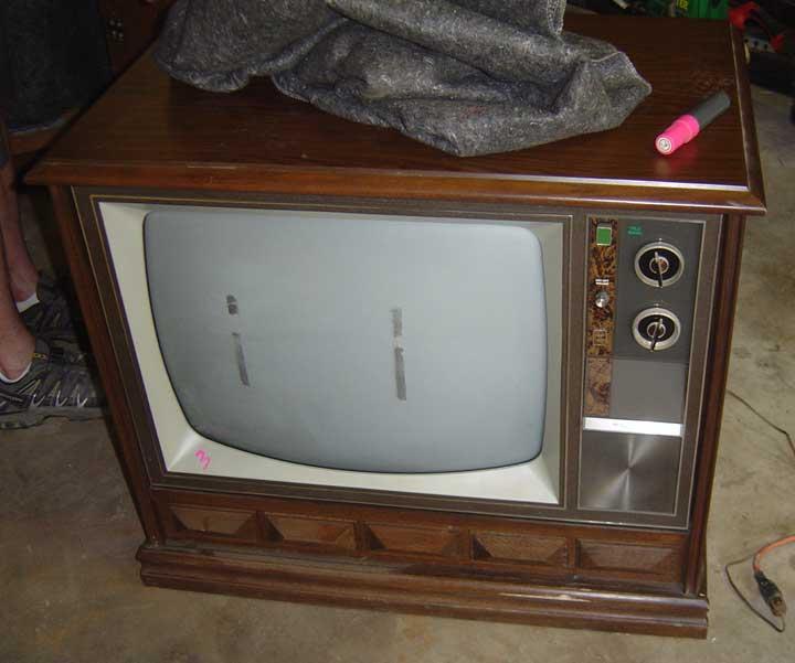 Vintage Packard Bell Teledyne 900 Color Television TV Set