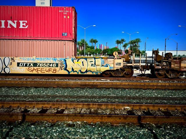 Noel Graffiti
