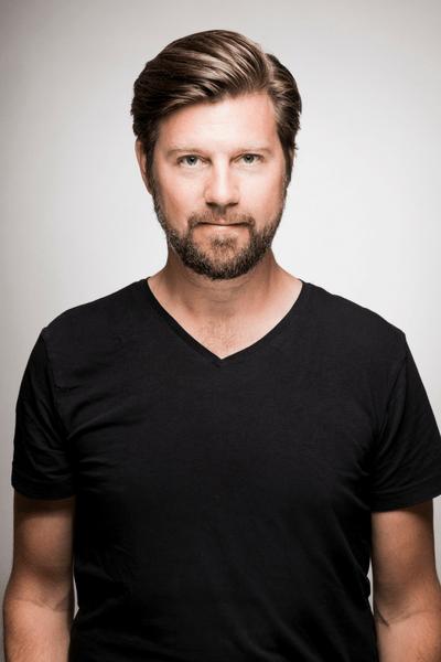 Anton Körberg, Box Communications, Smart kommunikation