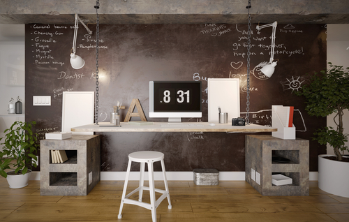 Mur ardoise tableau à craie dans un bureau adulte