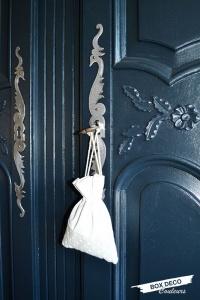 armoire normande peinte moulures fleurs