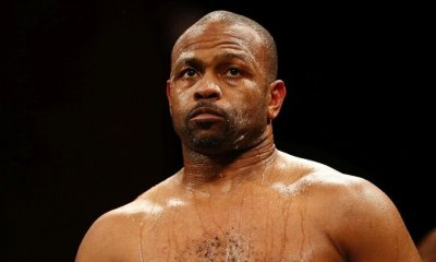 Irrité par le report, Roy Jones menace d'abandonner le combat avec Mike Tyson
