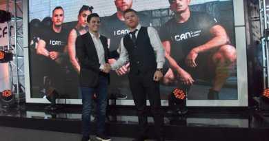 """#CaneloÁlvarez presentó """"I Can"""", para terminar con obesidad; de #Boxeo no habló"""