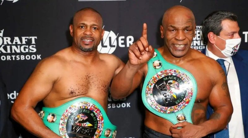 #VIDEO / Presumen Tyson y Jones sus cinturones #WBC, tras su empate en Sub-60