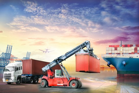 Container ratings in shipping and portable storage