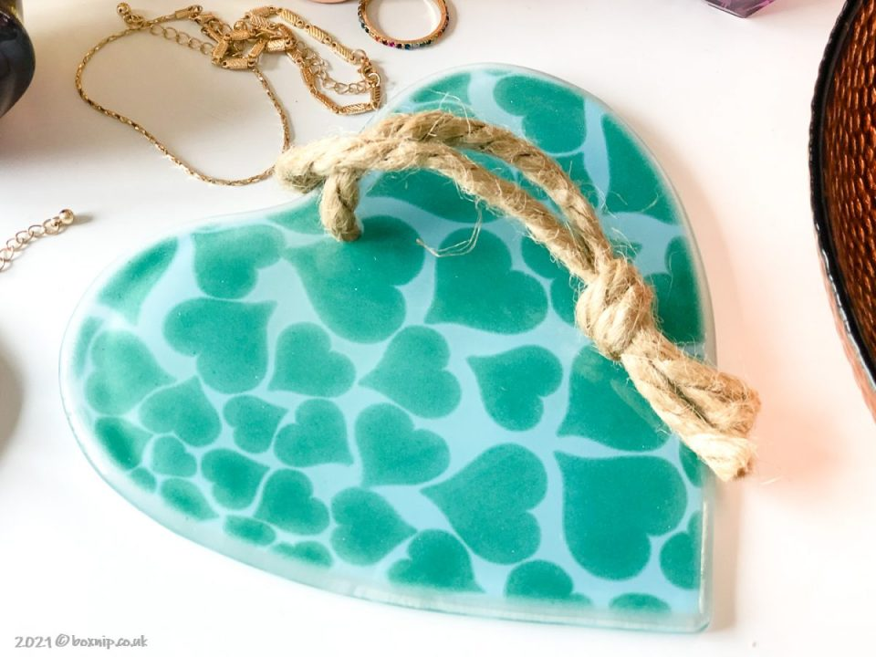 Fused Glass Hanging Heart - Morpheus Glass Studio - Pomelo Box