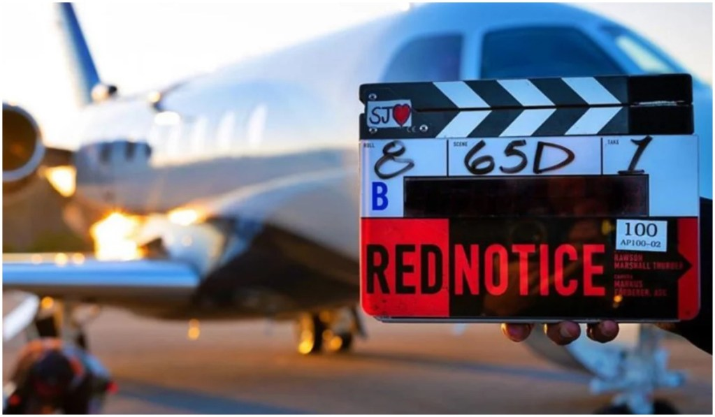 Netflix Orignal Red Notice: Dwayne Johnson, Ryan Reynolds And Gal Gadot Stars Shooting