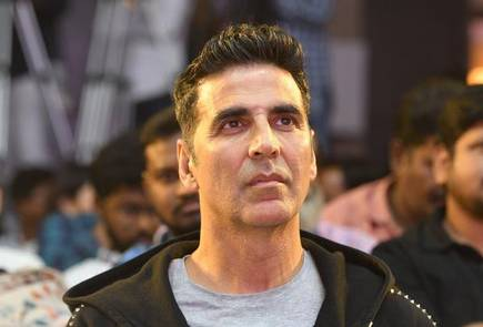 Akshay Kumar Roped In To Play A Negative Role In Dhoom 4?