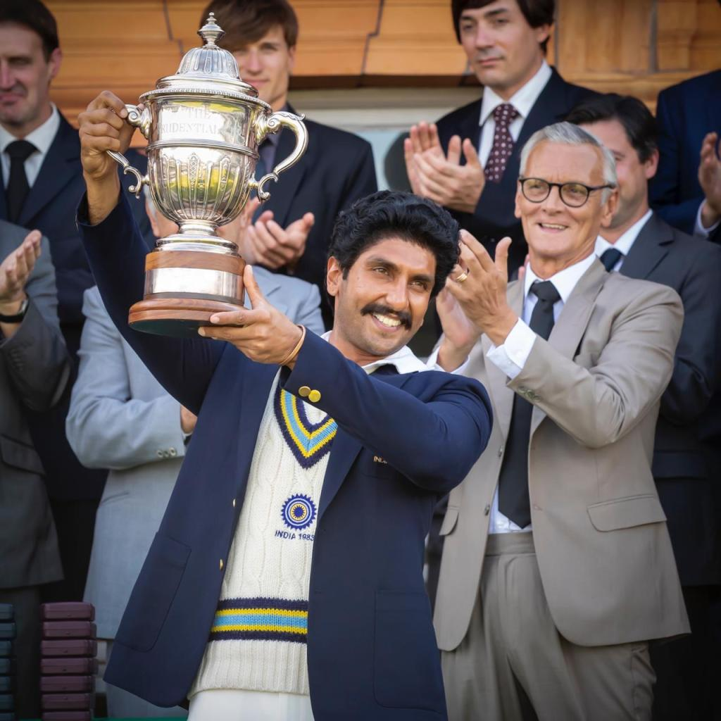 83: Ranveer Singh Recreates The Iconic 83 World Cup Lifting Moment; New Still Out!