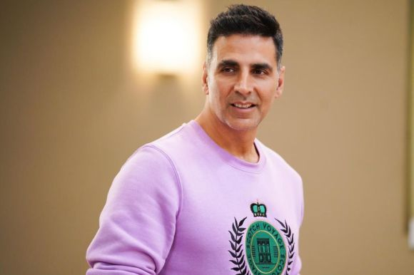 Akshay Kumar Commenced Shoot With R. Balki Amid Lockdown