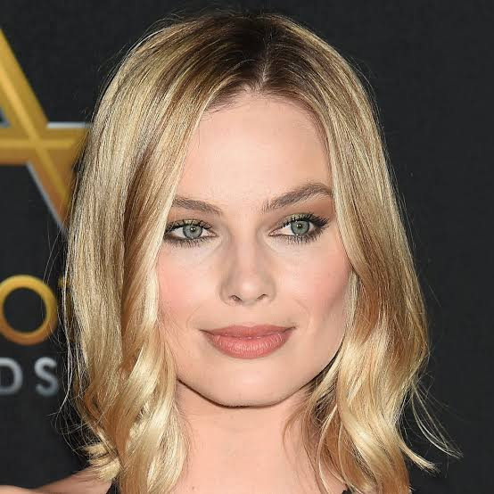 The News Lead In Pirates Of The Caribbean Film Will Be Margot Robbie