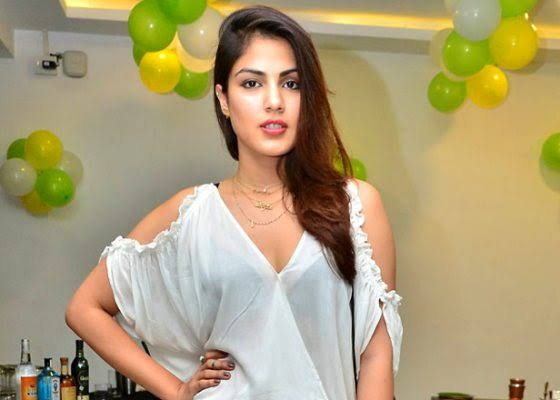 Rhea Chakraborty Bursts Into Tears As She Shares A Video Talking About Sushant Singh Rajput's Case, Says, 'Satyameva jayate, the truth shall prevail'