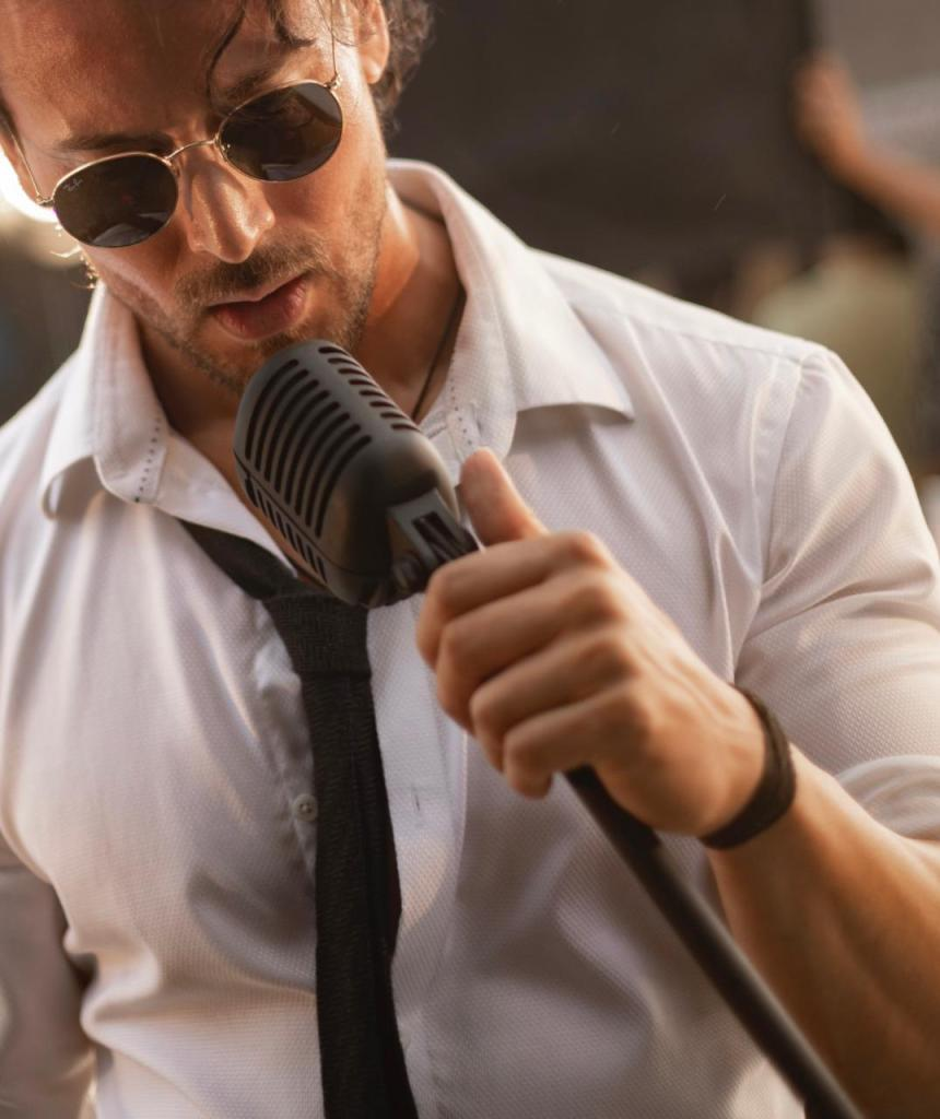 Tiger Shroff's Singing Debut Reaches 'Unbelievable' Heights, Trends At 6th Spot On Billboard Global Charts!