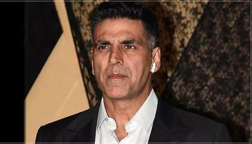 Akshay Kumar Files 500 Crore Defamation Suit on YouTuber, Who Alleged Him Of Helping Rhea Chakraborty Escape To Canada