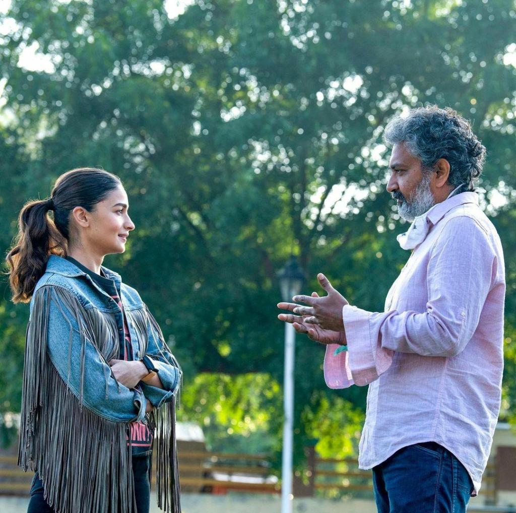 """""""Shooting for this film was a very different experience for me because along with Hindi, I also had to shoot in Telugu"""" Shares Alia Bhatt On Working In RRR"""