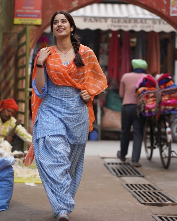 Janhvi Kapoor Starts Shooting For Good Luck Jerry, Aanand L Rai REVEALS First Look