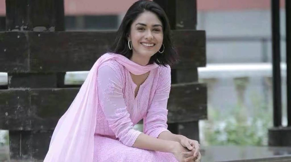Mrunal Thakur Reportedly Dropped Out From Ayushmann Khurrana's Doctor G