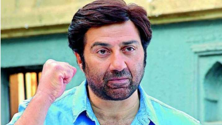 Actor Turned Politician Sunny Deol Has NOTHING To Do With Revised Theatre Occupancy Policy