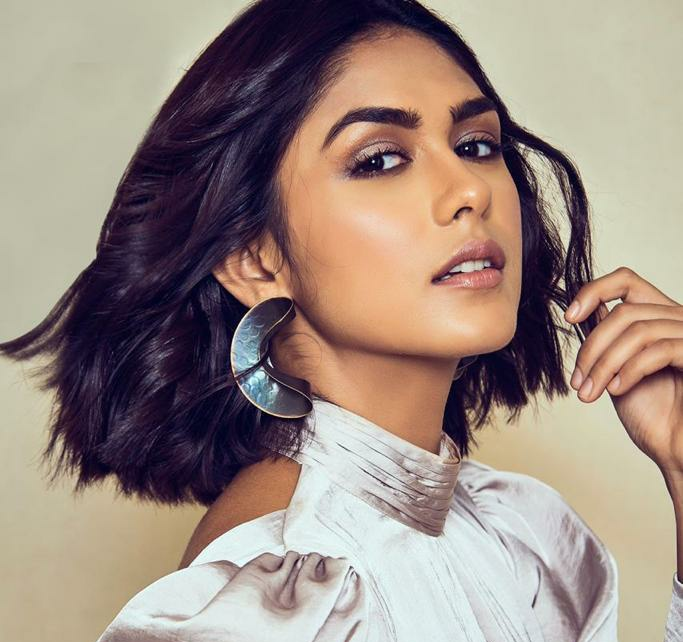 THIS Is How Mrunal Thakur Preps For The Next, Pippa