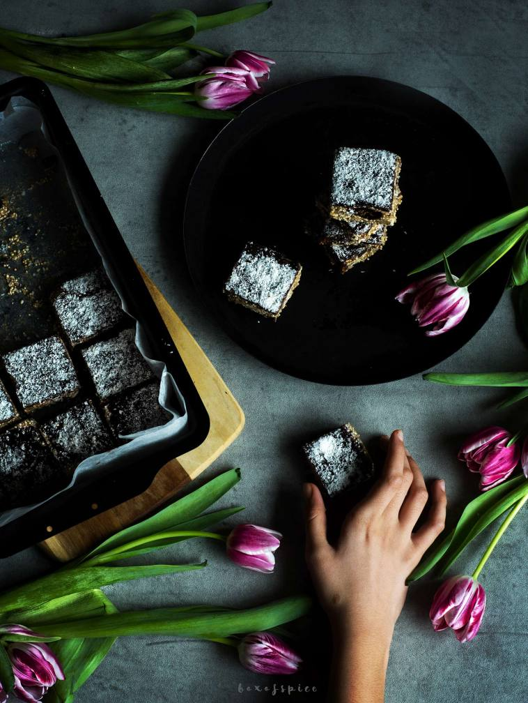Chocolate Quinoa Sesame Bars with Figs and Sunflower Seeds I Boxofspice