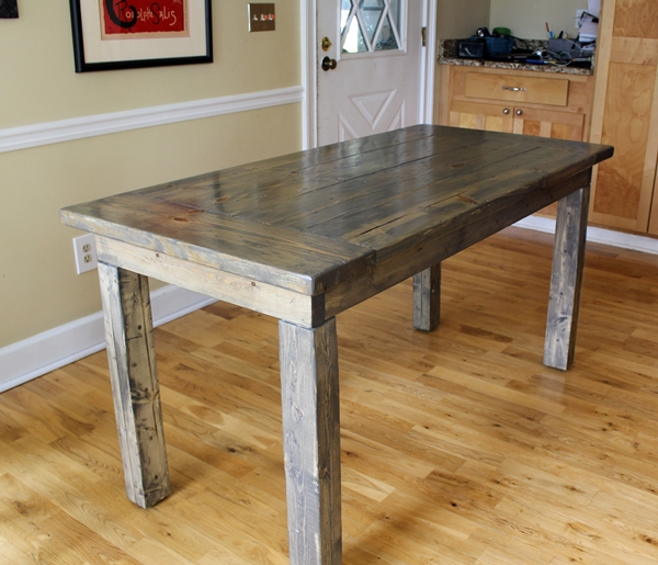 Farmhouse Kitchen Work Table: Farmhouse Table: Easy, One Month Long Project