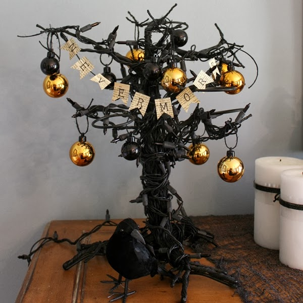 Halloween Tree with a Tiny Banner -