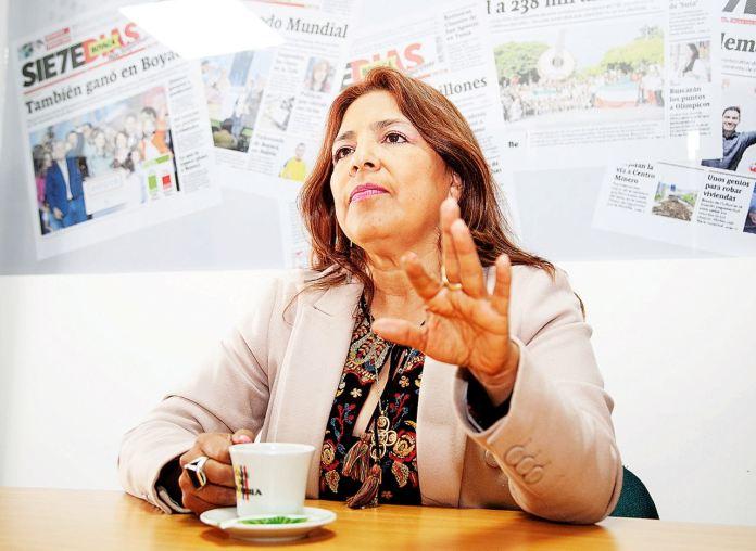En Tibasosa ganó Gloria Cecilia Palacios, de la coalición del Partido Conservador, Partido de 'La U' y Partido Liberal, con 2.220 votos.