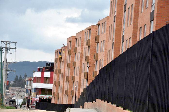 Según la proyección del gerente Geovani Molano en 10 años se podrá reducir el déficit de vivienda a cero.