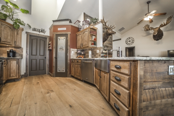kitchen-2703E7957-4F7D-D93E-7747-1E7DB68F8C86.jpg