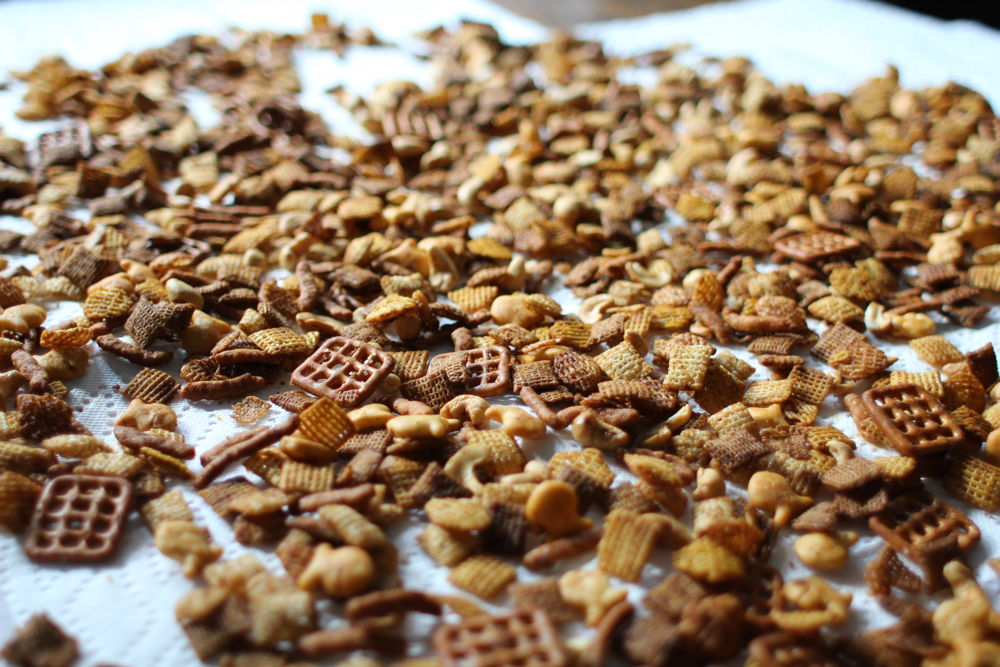 Wonder-Working Chex Mix