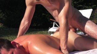 Fun in the Sun w/ Mickey Knox and Zach Taylor