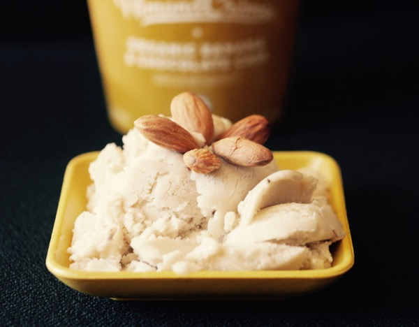 New Barn AlmondCreme Banana Chocolate Chip dish frozen dessert and container