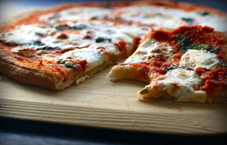 food-meal-pizza-162918