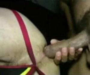 DP | Antonio Biaggi e um amigo traçam macho mascarado