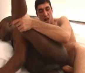 Igor pauzudo traçando o negro sarado doido por pica - Bareback