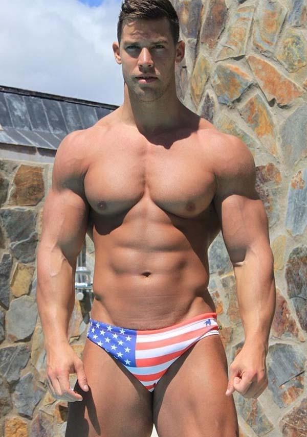 gay muscle porn Kris Evans