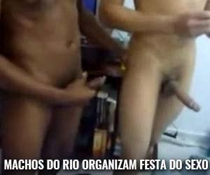Festinha no Rio e em Minas com muito sexo entre homens